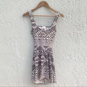 LA Hearts Black & White Tribal Print Dress Size M